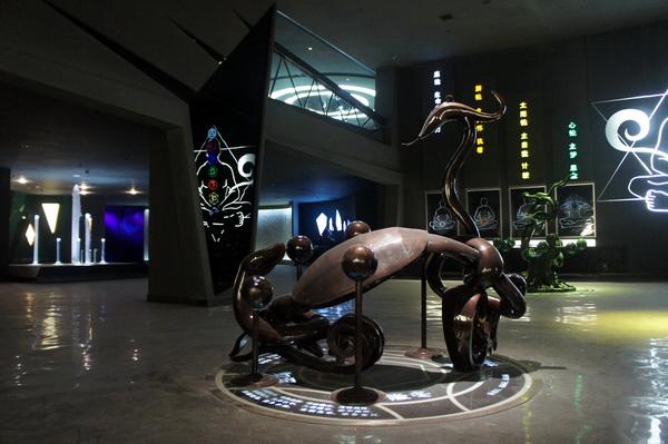 玄武雕塑 不锈钢雕塑 四川大图雕塑5