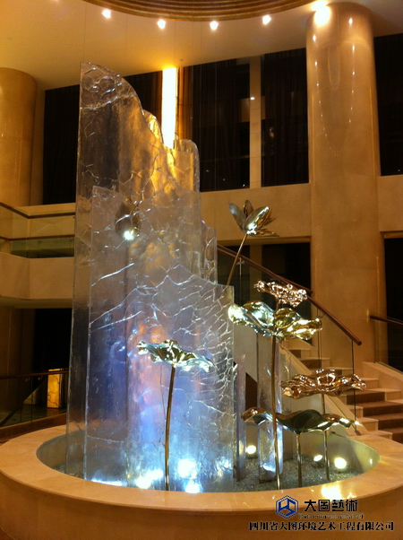 川威超大型水晶雕塑-水晶幕墙-冰裂纹水晶_31.JPG