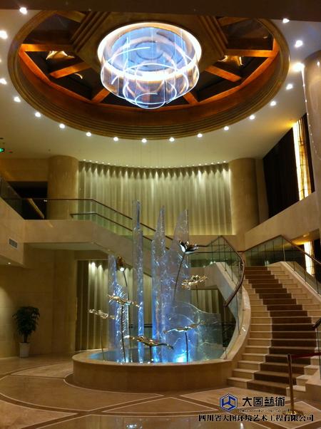 川威超大型水晶雕塑-水晶幕墙-冰裂纹水晶_05.JPG