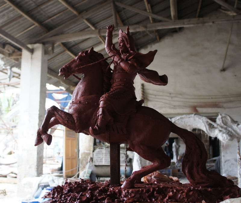 大型格萨尔王雕塑泥 雕塑设计 雕塑创作 雕塑公司 四川雕塑 大图雕塑