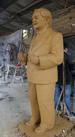肯德基大叔雕塑