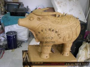 仿古 商朝 凤纹牺觥 铸铜 牛 雕塑
