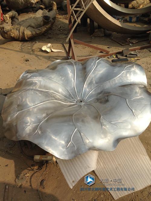 不锈钢 荷花 荷叶 雕塑