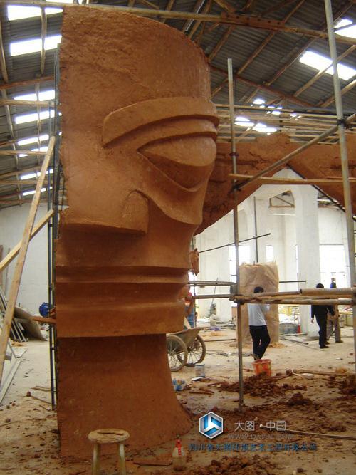 大型三星堆 面具雕塑泥塑创作