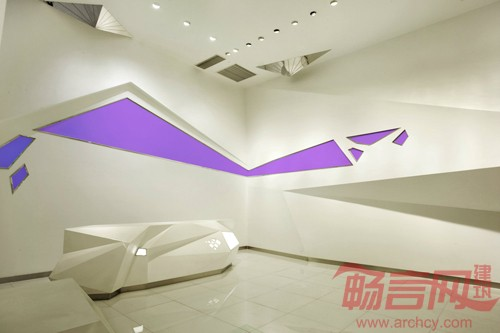 乐山水晶博物馆雕塑鉴赏