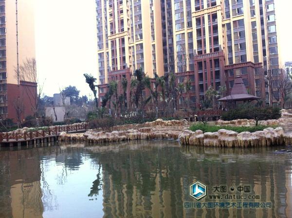 月光湖仿九寨黄龙五彩池假山塑石工程