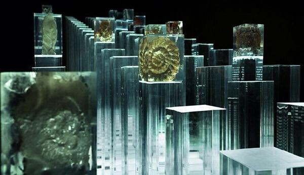 琥珀水晶 水晶柱 水晶雕塑 琥珀雕塑 大型透明雕塑