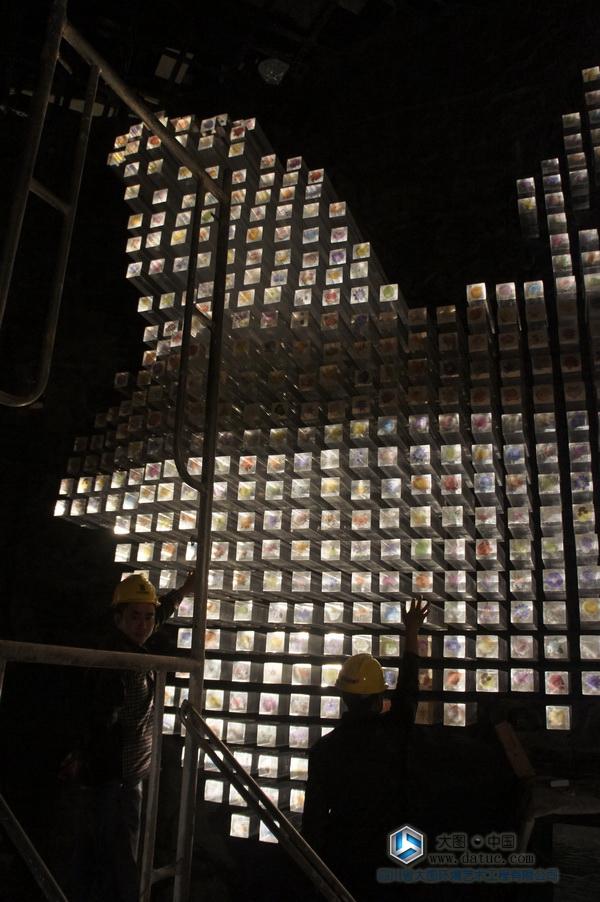 云南花之城 大型水晶雕塑 大型透明雕塑
