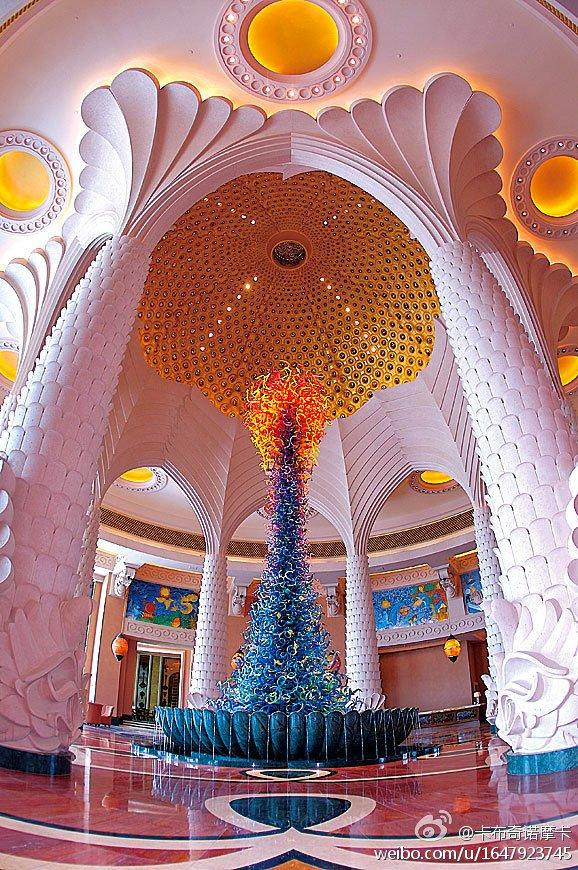 迪拜水晶雕塑