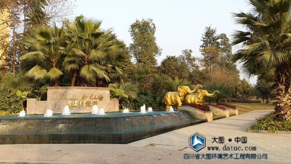 四川成都华阳月光湖大象动物雕塑
