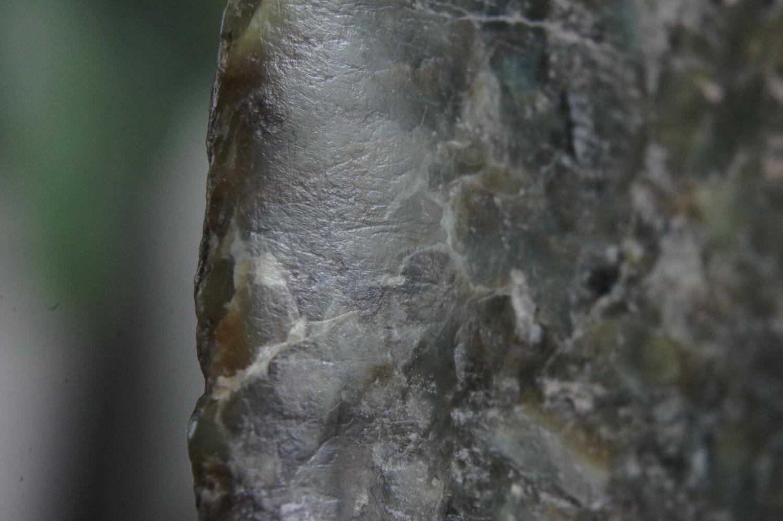 打磨痕迹千年犹存,粗细纵横与质交错-高古玉鉴定内部细节(大图原创)