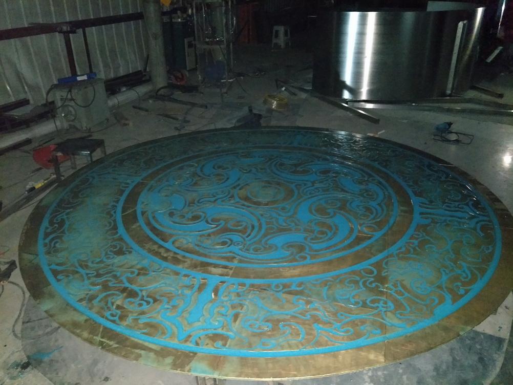 镶绿松石 彝族 传统文化 地面 铸铜浮雕_2.jpg