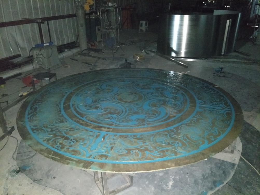 镶绿松石 彝族 传统文化 地面 铸铜浮雕_1.jpg