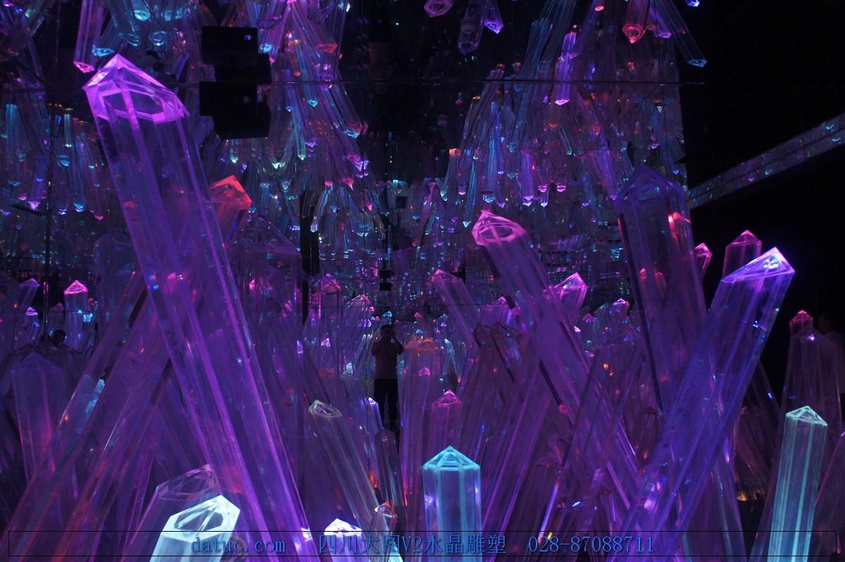 四川大图V2大型透明水晶雕塑083.JPG